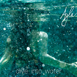 CD - Dive into Water